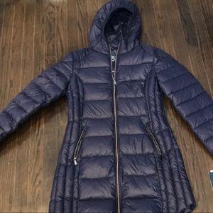 Blue by SAKS puffer coat make an offer !